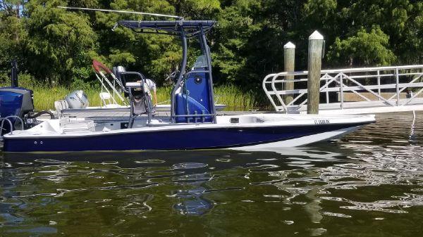 Tiburon ZX-25 Bay Boat