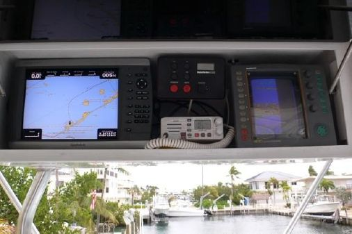 Hatteras Convertible Sportfish image