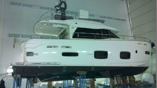 Azimut Magellano 50 H.One in Winter Storage