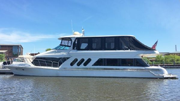 Bluewater 6900 Motor Yacht