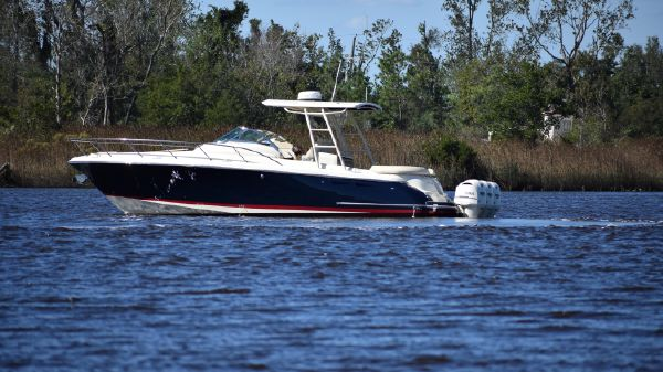 Chris-Craft 36