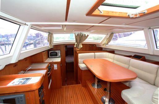 Wauquiez Pilot Saloon 40 image
