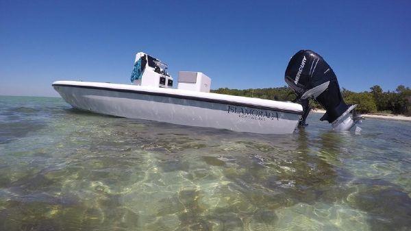Islamorada Boatworks Morada 24