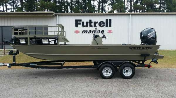 White River Marine Group 2072CC Sportsman