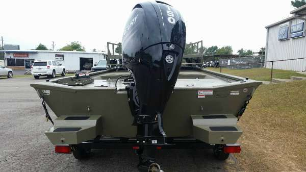 White River Marine Group 2072CC Sportsman image
