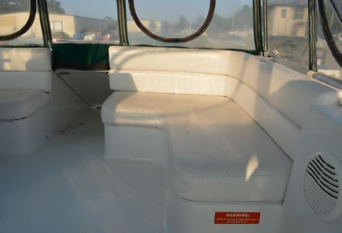 Mainship 31 Sedan Bridge image
