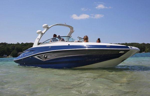 2020 Crownline E275 Surf