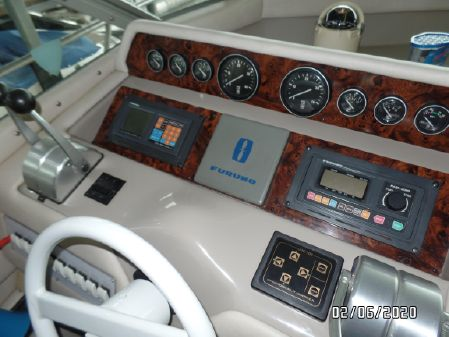 Sea Ray 500 Sedan Bridge image