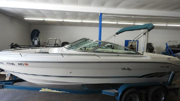 Sea Ray 1996 210 Bow Rider
