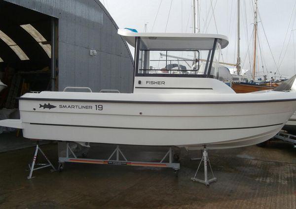 Smartliner Fisher 19 Package image