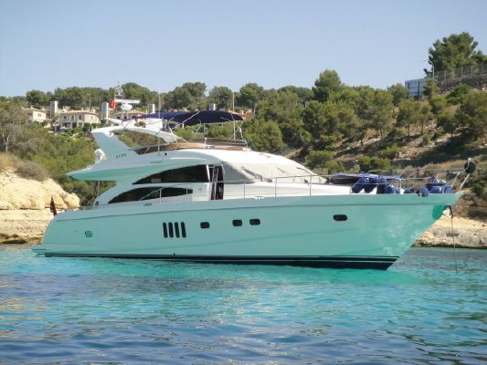 Princess 67 Flybridge - main image