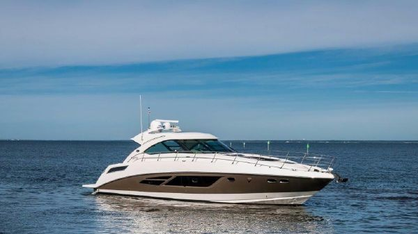 Sea Ray 540 Sundancer Starboard Profile