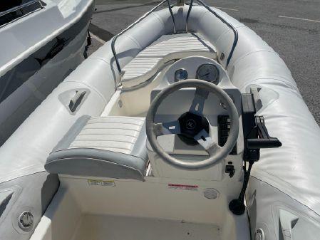 Zodiac 420 yachtline image