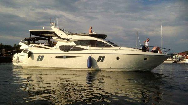 Pearl 50 Luxury Motor Yacht Pearl 50 Luxury Motor Yacht