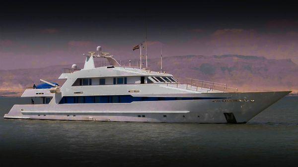 Superyacht 44 STEEL