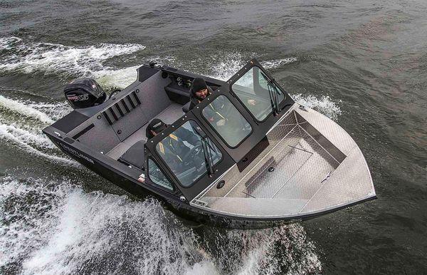 2021 Crestliner 1850 Commander Elite