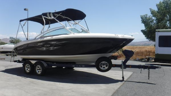 Sea Ray 220 Select