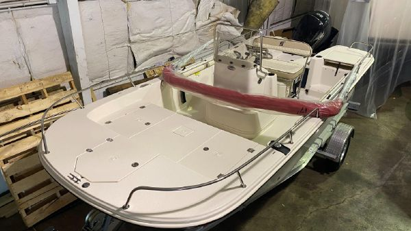 Carolina Skiff 17 LS CENTER CONSOLE