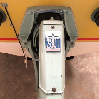 Donzi X-18 image