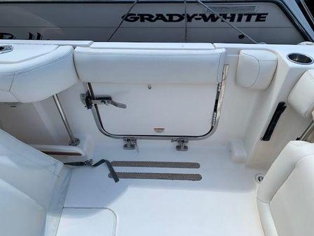Grady-White Freedom 335 image