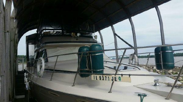 Sea Ray 410 AFT. CABIN