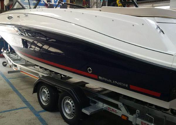 Bayliner VR6 Bowrider image