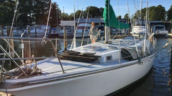 Yorktown 39 Sloop