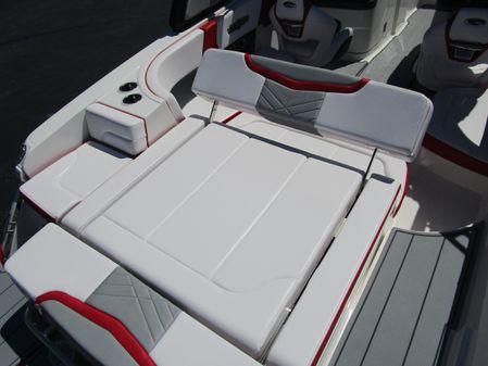 Chaparral 25 SURF image