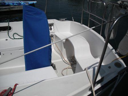 Newport 28 image
