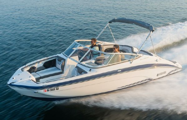2019 Yamaha Boats 212 Limited