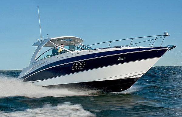 2019 Cruisers Yachts 38 Express