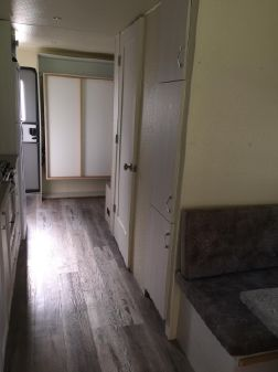 Houseboat 38 image