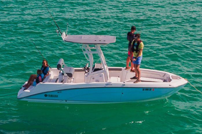 2019 Yamaha Boats 210 FSH Sport Hampton Bays, New York - Mariner's