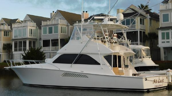 Viking 48 Convertible w/ Mezzanine