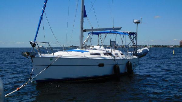 Hunter 36 At anchor