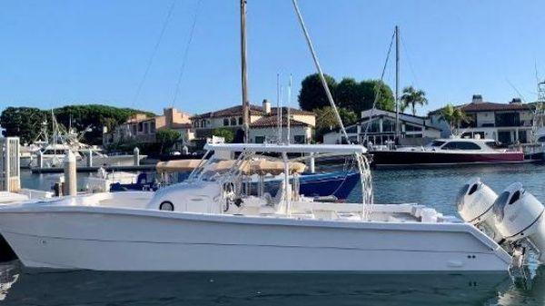 Twin Vee 360 GF Power Catamaran