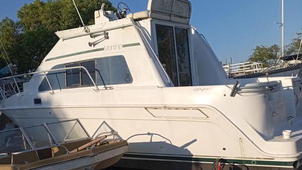 Mainship 31 FT Sedan Bridge (LOADED)