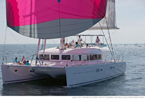Lagoon 620 Owners Version image
