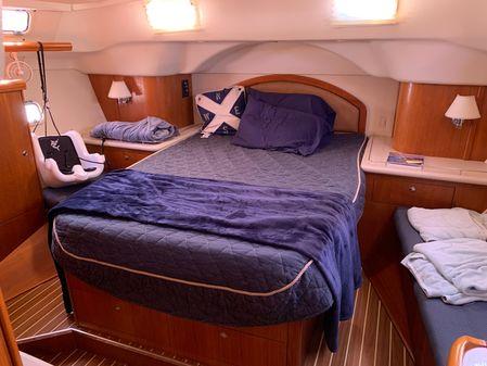 Hunter 45 Center Cockpit. image