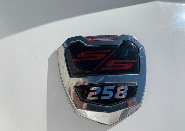 Cruisers Sport Series 258 Bow Rider image