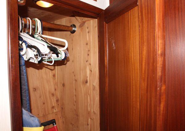 Hatteras 65 Convertible image
