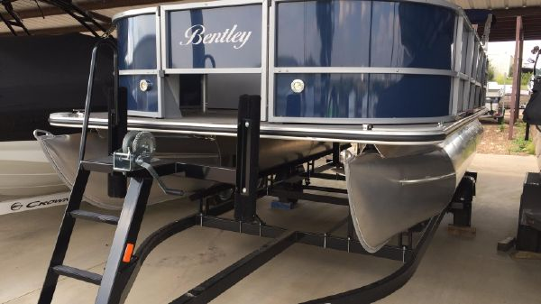 Bentley Pontoons 204/203 4-Point
