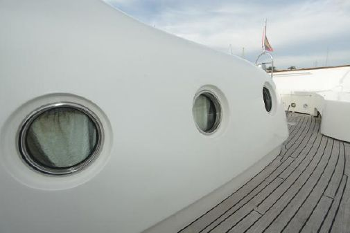 Ferretti Yachts Custom Line Navetta 30 image