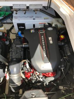 Regal 35 Sport Coupe image