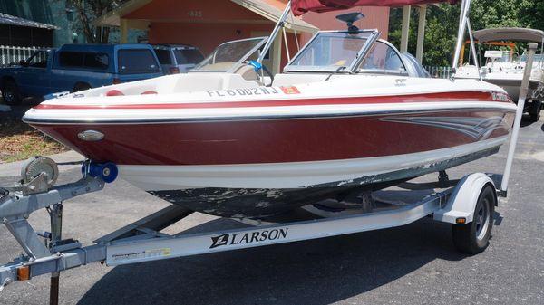 Larson 180 Ski N' Fish O/B
