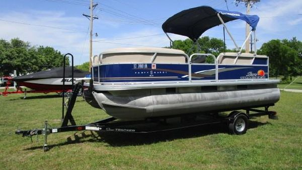 Tracker PARTY BARGE 18 DLX