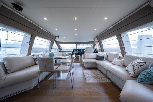 Ferretti Yachts 690 image