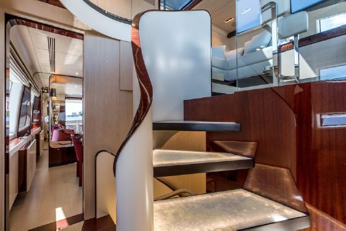 Azimut 95 Raised Pilothouse image