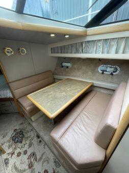 Bayliner 4387 Motoryacht with moorage image