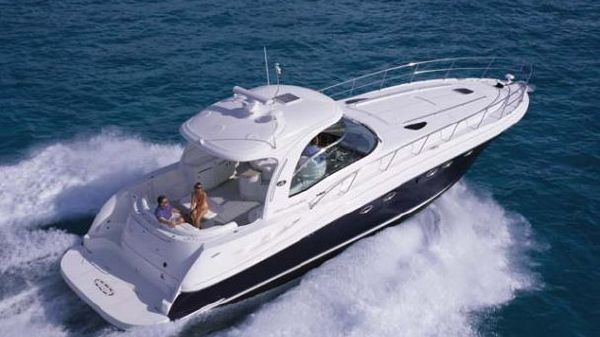 Sea Ray 500 Sundancer Manufacturer Provided Image